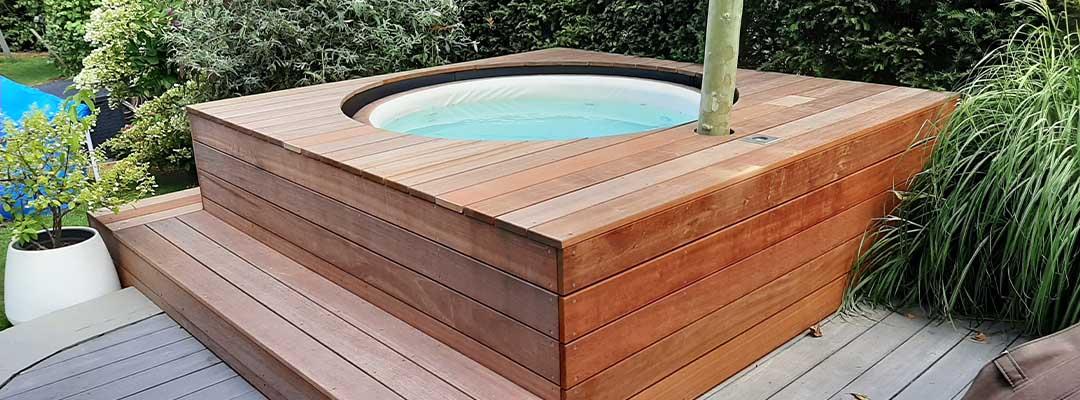 Holzverkleidung wirlpool außenbereich